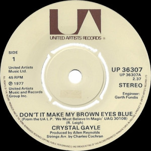 Crystal Gayle - Don't It Make My Brown Eyes Blue - 7