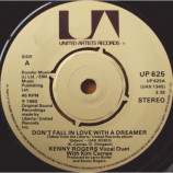 Kenny Rogers With Kim Carnes - Don't Fall In Love With A Dreamer - 7
