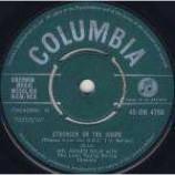 Acker Bilk & Leon Young String Chorale, The - Stranger On The Shore - Vinyl 7 Inch