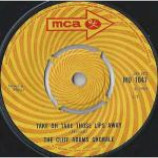 The Cliff Adams Singers - Take Oh Take Those Lips Away - Vinyl 7 Inch