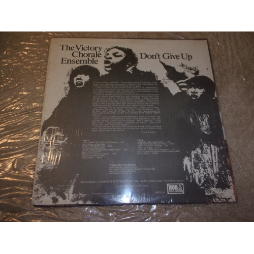 VICTORY CHORALE ENSEMBEL - DON'T GIVE UP - Vinyl - LP