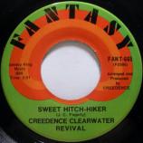 Creedence Clearwater Revival - Sweet Hitch-Hiker / Door To Door [Vinyl] - 7 Inch 45 RPM