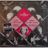 Gertrude Lawrence / Kurt Weill / Peter Herman Adler / RCA Victor Symphony Orchestra - The Kurt Weill Classics: Lady In The Dark / Down In The Valley [Record] - LP