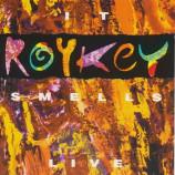 Roykey Wydh - It Smells Live