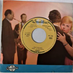 Kallay Judit - Pepito-Konnyu Neked-Kicsit Erteni Kellene Hozzam-Ne Haragudj - Vinyl Record - EP