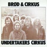 Undertakers Circus - Brod  & Cirkus