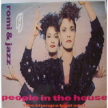 Romi & Jazz - People in The House