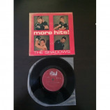 THE SHADOWS 45rpm  - RARE Malaysia ZANI records